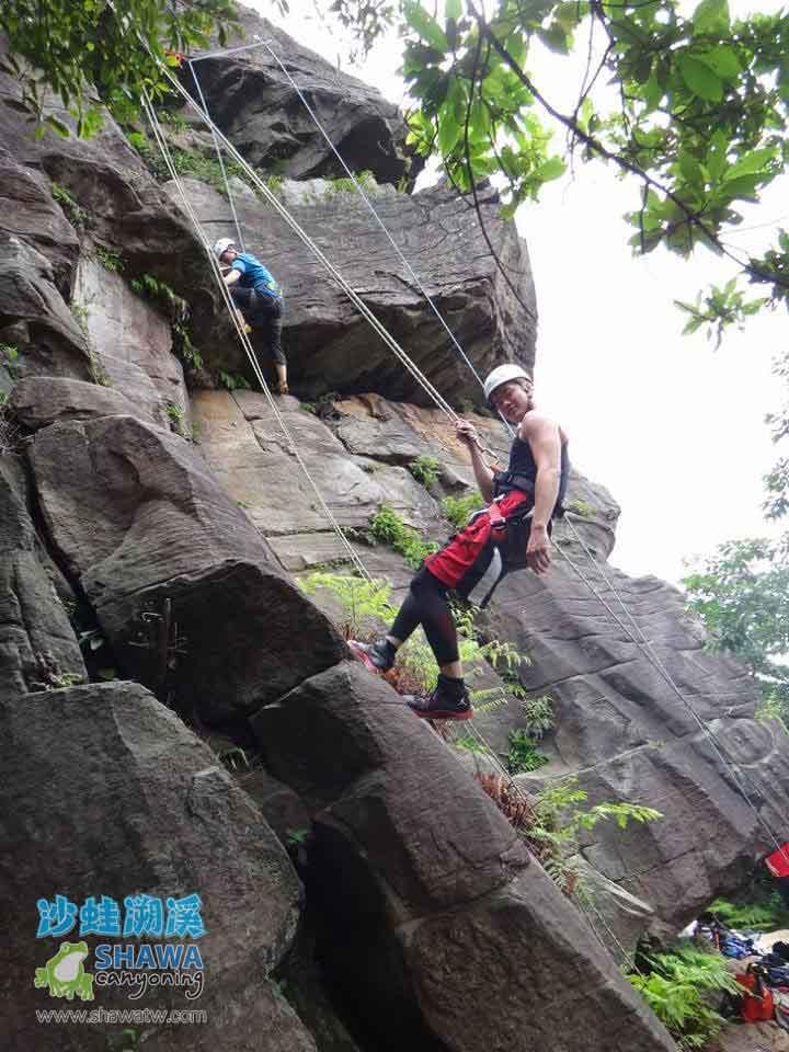 熱海攀岩Rehai rock climbing 2 by 沙蛙溯溪Shawa Canyoning Taiwan
