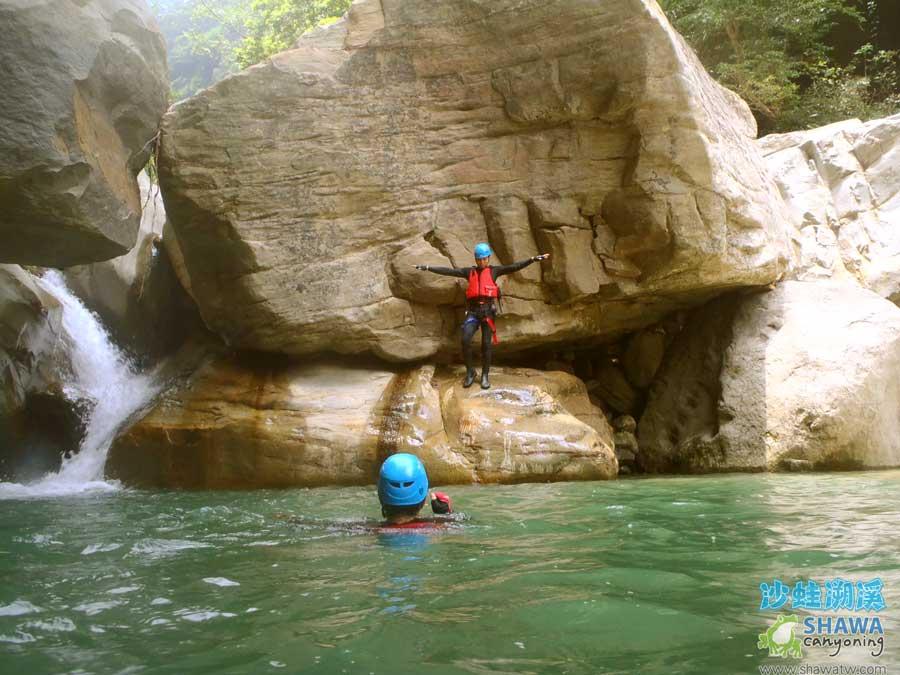 苗栗南庄風美溪溯溪4-沙蛙溯溪-Shawa Canyoning Taiwan-Fone-Mei river tracing