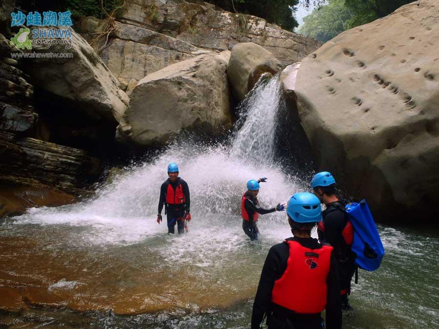 苗栗南庄風美溪溯溪8-沙蛙溯溪-Shawa Canyoning Taiwan-Fone-Mei river tracing