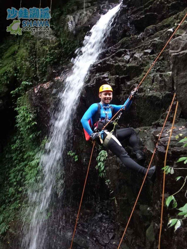 石磐溪溪降Shi-Pan canyoning 3 by 沙蛙溯溪Shawa Canyoning Taiwan