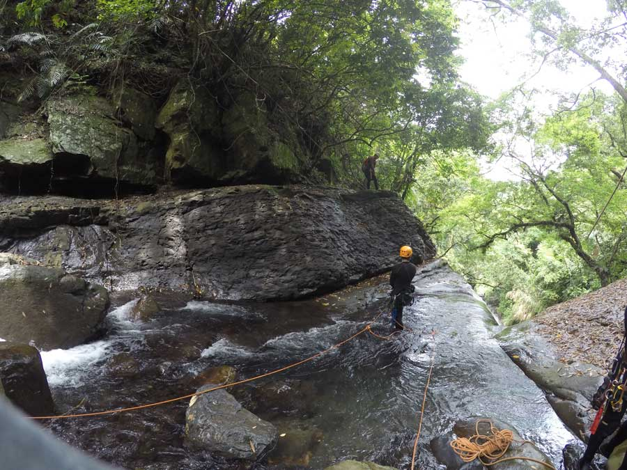 小烏來義興溪-溪降-沙蛙溯溪-龍鳳瀑布 (4) Shawa Canyoning Taiwan